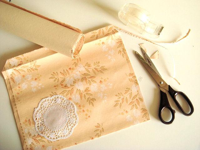 Alte Tapeten In Altpapier : Bunte Briefumschl?ge aus Altpapier selbermachen {Upcycling