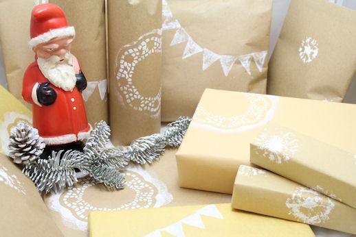 weihnachtliches geschenkpapier selbermachen upcycling. Black Bedroom Furniture Sets. Home Design Ideas