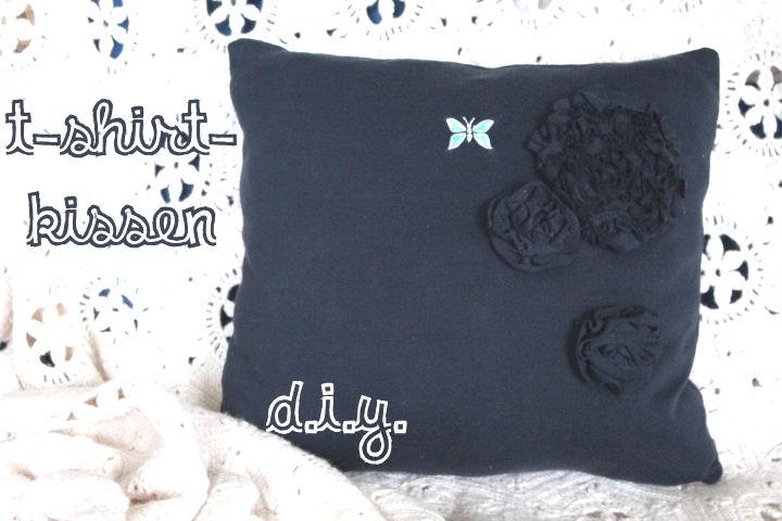 kissen aus t shirts diy n hmarie. Black Bedroom Furniture Sets. Home Design Ideas